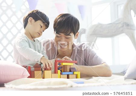부모와 자식 라이프 스타일 장난감 57645851