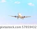 푸른 하늘과 비행기 57659432