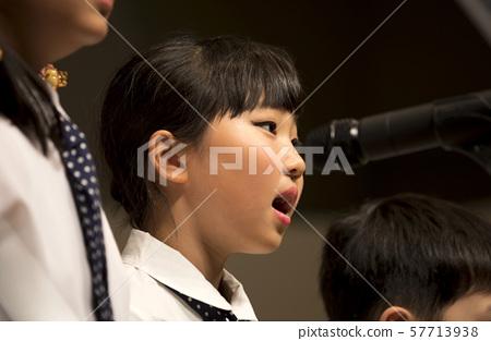 合唱圖像兒童小學女孩肖像 57713938