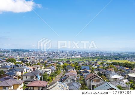 교외에서 바라 보는 거리 풍경 57797304