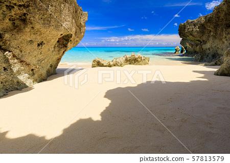 미야 코지마시 구리 마 섬 _ 숨겨진 해변 57813579