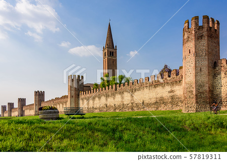 The city walls of Montagnana 57819311