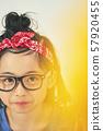 女孩兒童肖像 57920455