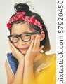 女孩兒童肖像 57920456