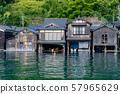교토 부 이네의 舟屋 바다에서보기 57965629