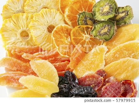 말린 과일 과일 57979915