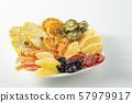 말린 과일 과일 57979917