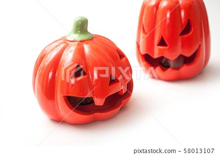 Closeup of decorative pumpkins for halloween  58013107