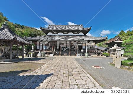 [Chojoen Enjoji Temple (Mii-ji Temple) Kannon-do] (High resolution version) Enjoji-cho, Otsu City, Shiga Prefecture 58023538