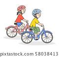 兩個孩子騎自行車 58038413