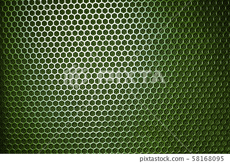有洞的蜂巢形狀金屬網狀底紋 58168095
