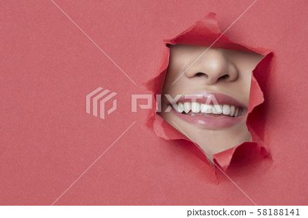 女人紙藝術 58188141