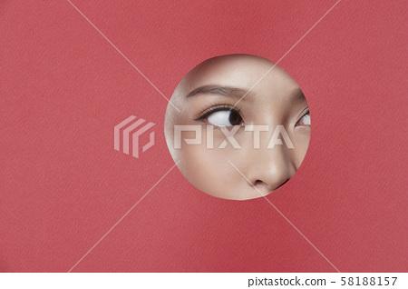 女人紙藝術 58188157