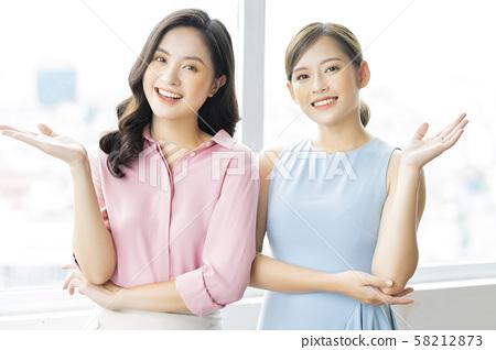 女性生意 58212873