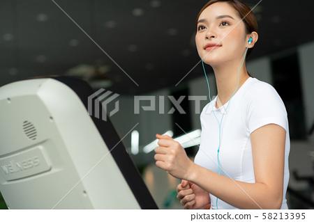 여성 스포츠 건강 58213395