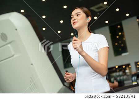 여성 스포츠 건강 58213541