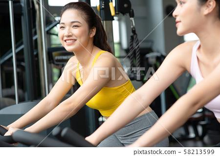 여성 스포츠 건강 58213599