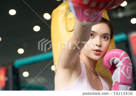 女子體育拳擊 58213616