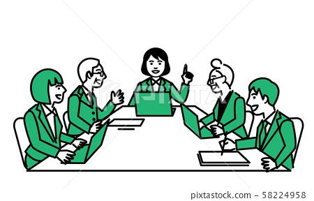 一個女人在會上演講的筆記本電腦 58224958