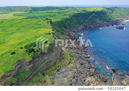 Aerial view of the cliffs of Yonaguni Island 58283047