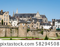 Cityscape of the old town of Vannes 58294508