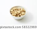 Butter peanuts 58322969