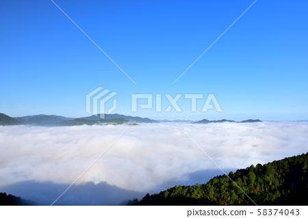亀岡盆地의 운해 58374043