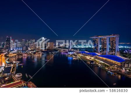 新加坡城市夜景 58616830