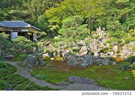 [青岸寺 정원】 시가현 미원시 미원 669 58625252