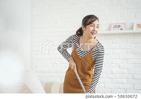 女人的生活方式家務 58630072