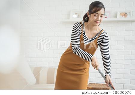 女人的生活方式家務 58630076