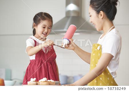 부모와 자식 요리 58738249