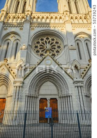 니스 노트르담 대성당, 도시의 상징 이른 아침, 맑은, 프랑스, 남 프랑스 니스의 도시 니스의 거리 58739243