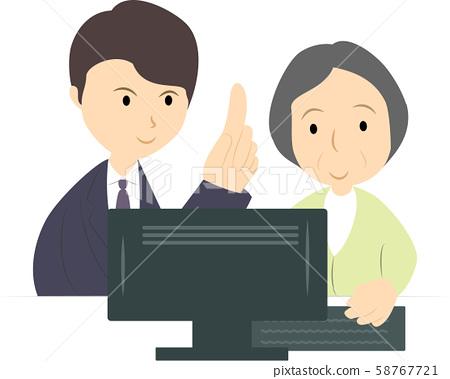 컴퓨터 교실에서 배우는 시니어 여성 (남성 강사) 58767721