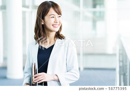 여성 비즈니스 비즈니스 우먼 사무실 58775395