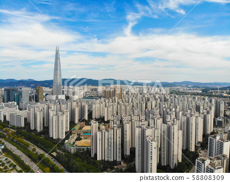 Aerial view of Seoul city with Lotte toweron the background, South Korea 58808309