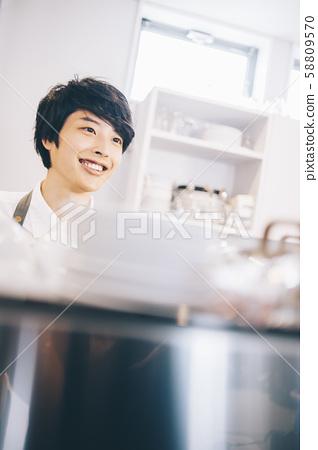 咖啡厅员工兼职 58809570