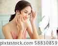 Women beauty 58830859