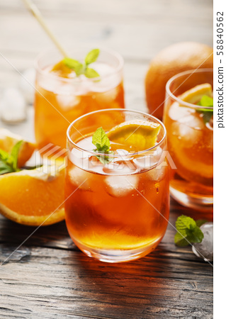 Aperol Spritz with orange 58840562
