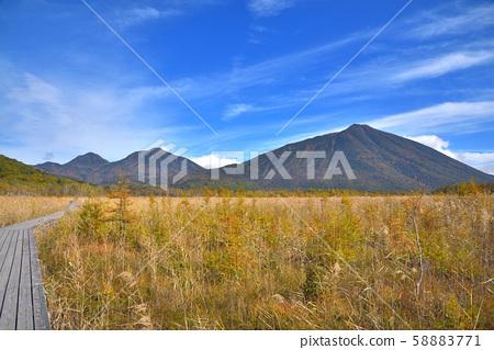 가을의 센 조가하라와 난타 이산 58883771