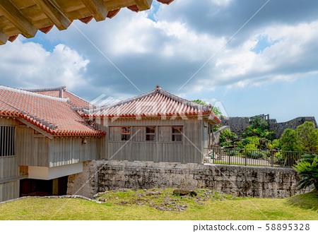 首里城奧克蘇因城堡 58895328