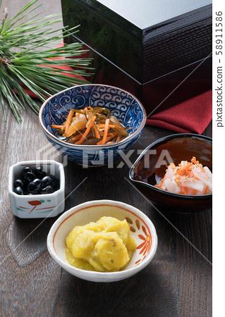 新年菜肴 58911586