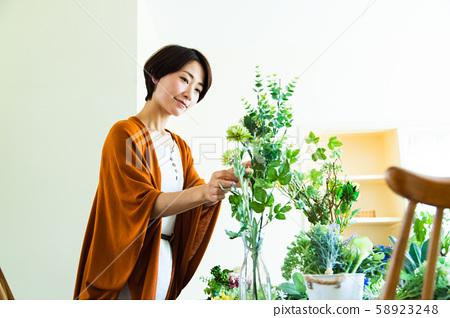 女性插花生活 58923248
