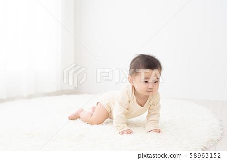 一個嬰兒 58963152