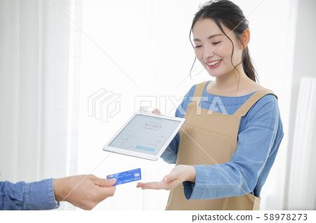 平板電腦收銀機POS收銀機讀卡器(應用程序屏幕是為Pixela創建的虛擬屏幕) 58978273