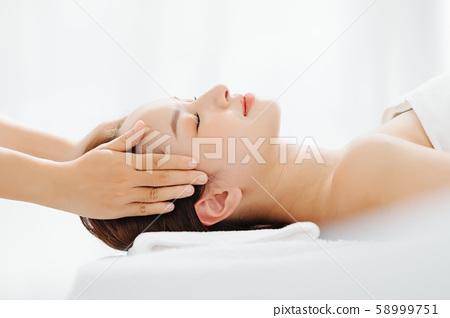 女性審美頭部水療 58999751