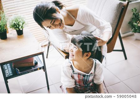 父母和孩子的生活方式 59005048