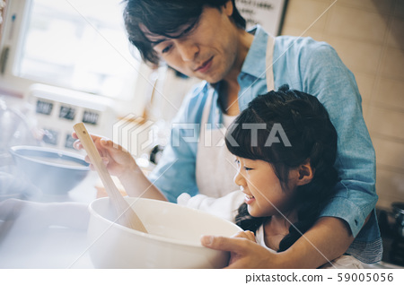 부모와 자식 소녀 도와 59005056