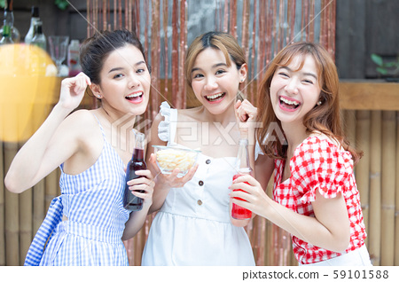 대학생 파티 59101588