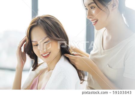 여성 헤어 살롱 59103843